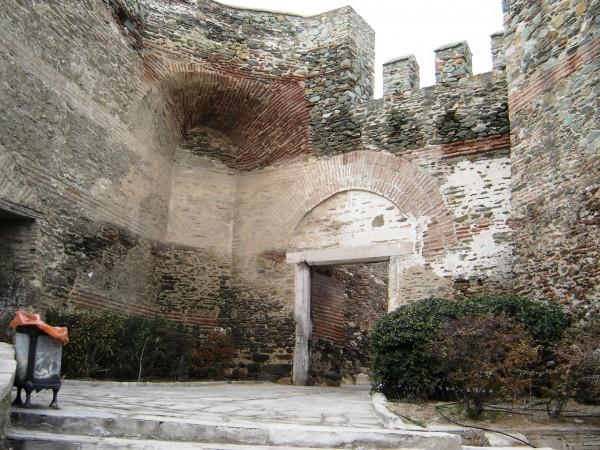 Крепостные стены Салоники
