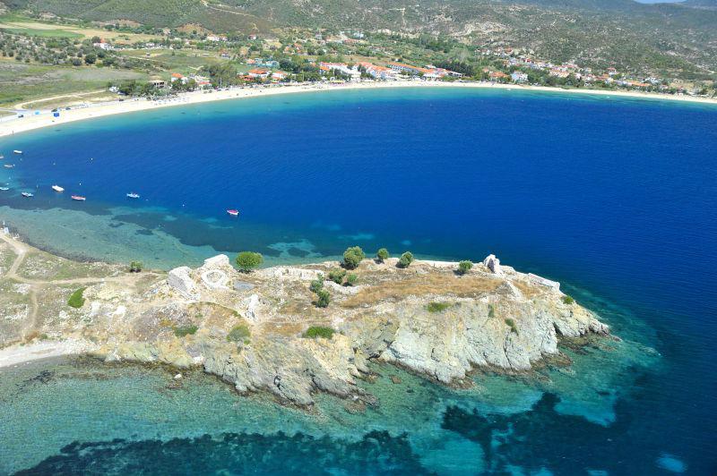 Пляж Тристиника