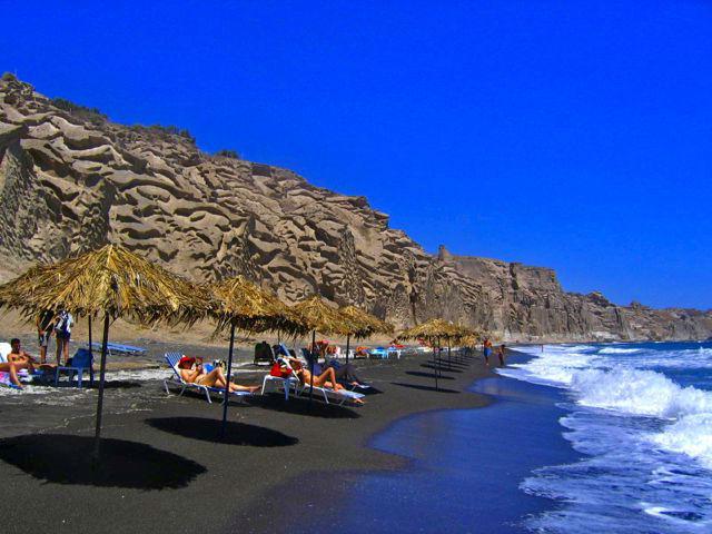 Санторини. Пляжи с чёрным песком