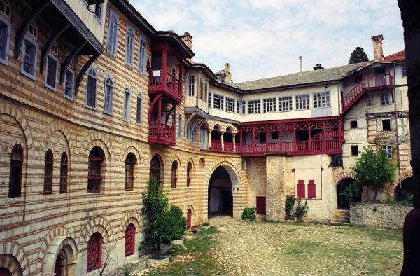 Хиландарский монастырь 2