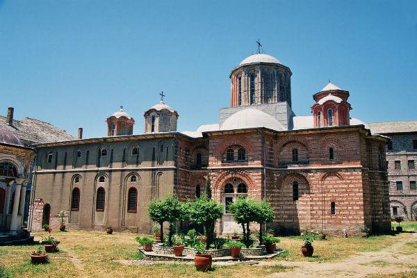 Ксиропотамов Монастырь.